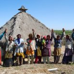 Matha Chhaj, a women's collective of thatch roof builders trained by Hunnarshala, is now a self-sustaining business. Photo by Hunnarshala.
