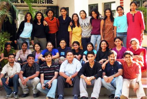 The student intake in 2006 at R V School of Architecture, Bengaluru (Photo courtesy: Nancy Jaiswal).