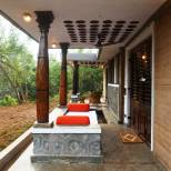 The bedrooms open out to individual verandahs.