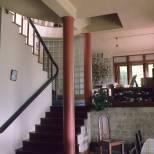 Karunaratne House staircase, DGR