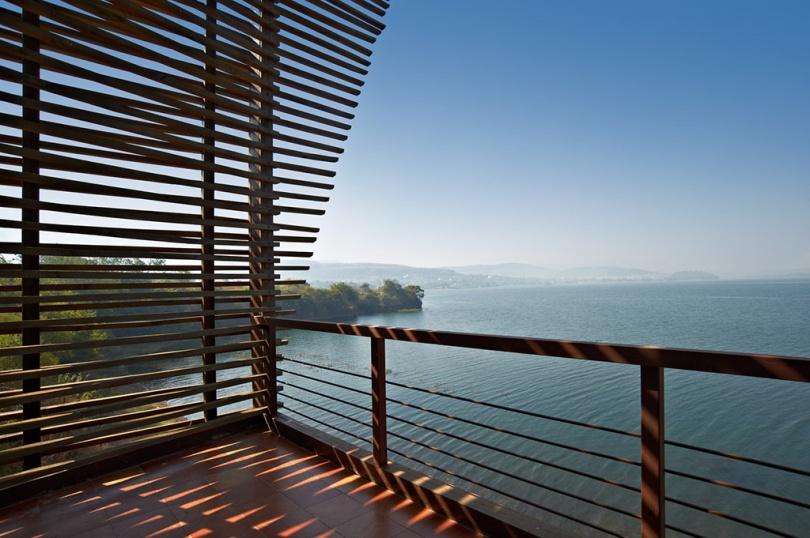 Balcony, Eye on the Lake, Shabbir Unwala, Khadakwasla, architecture, India