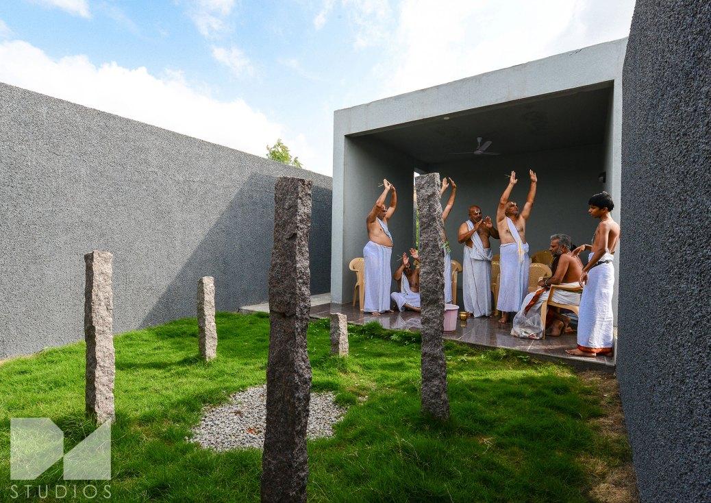 Ritual-performance-in-ceremonial-yard