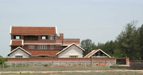 Suresh Oliver Residence
